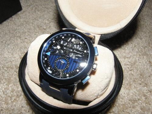 В продаже супер-часы: хомаж Ulysse Nardin