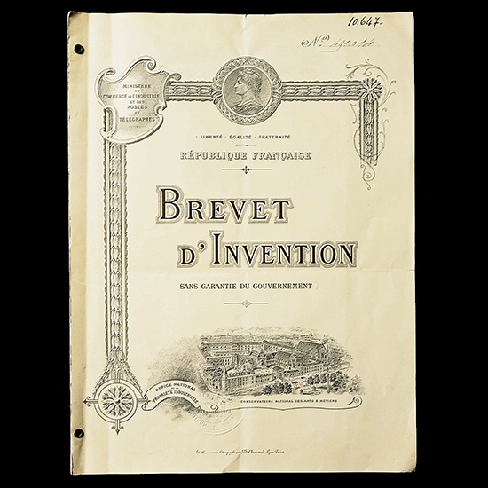 Название Radiomir было документально зафиксировано в приложении к патенту, оформленному во Франции 23 марта 1916 года. Фото с официального сайта Panerai