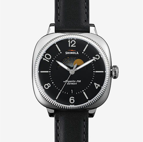 img-watch-black-dial