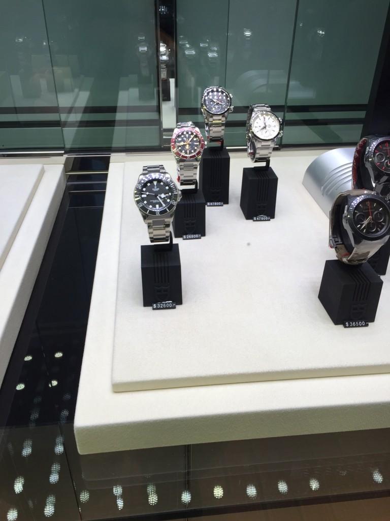 часы в Гонконге