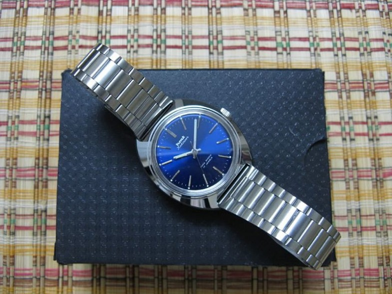 HMT watch 09