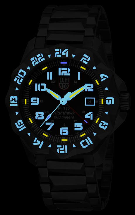 Luminox F-117 Nighthawk