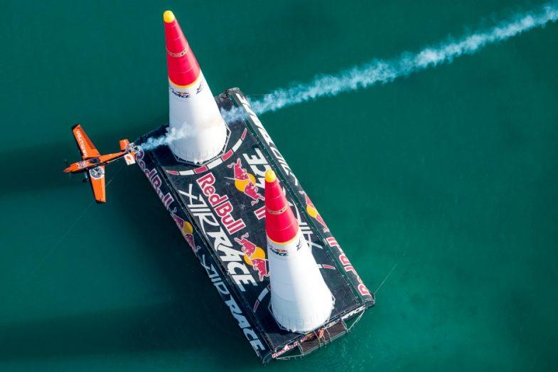 Пилотская новинка Hamilton Khaki Air Race