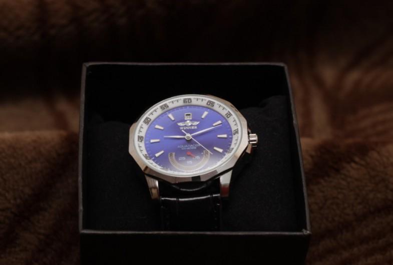 Дешевые часы Winner Aquaracer: первый взгляд