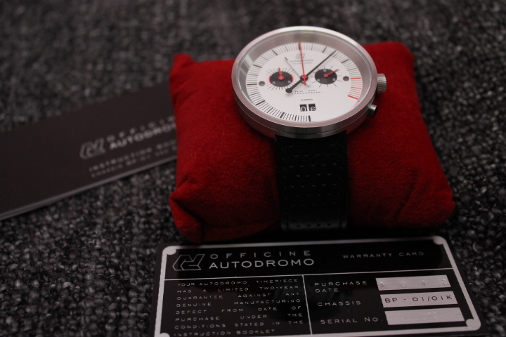 Часы Autodromo Officine Vallelunga Chronograph: первый взгляд