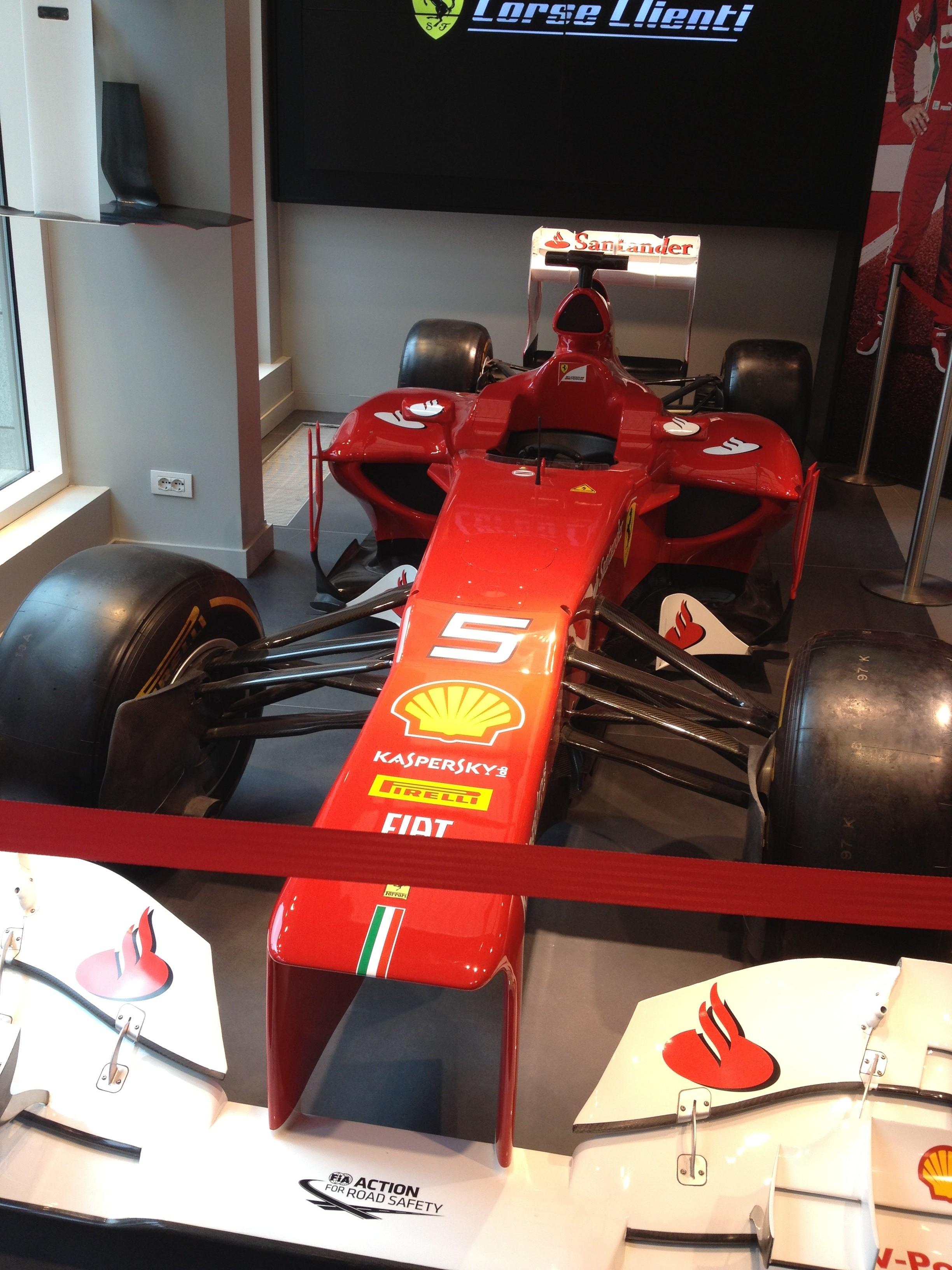 Скидки от Ferrari Store: -40%