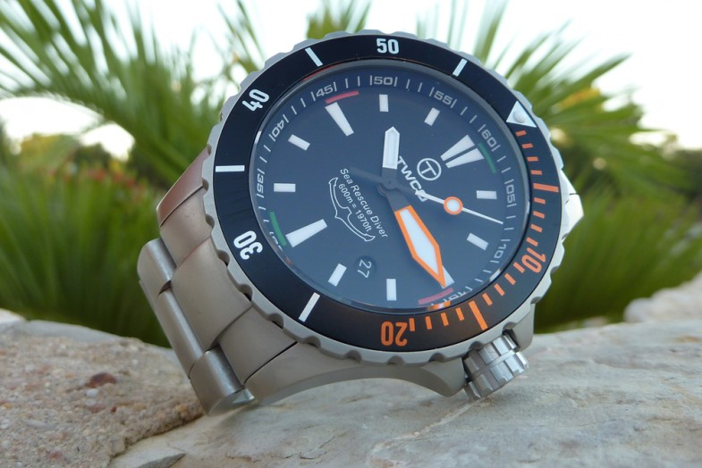 1_twco_sea_rescue_diver_600m_60atm_water_tight_stainless_steel_sapphire_divers_extension