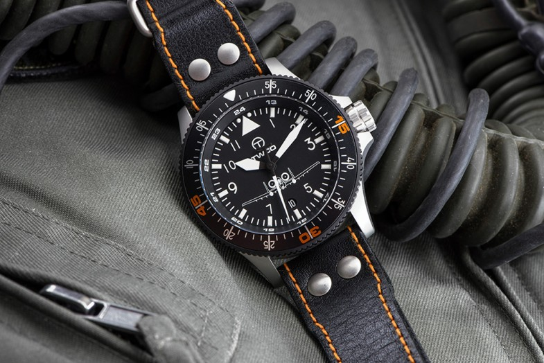 4_twco_air_controller_cockpit_fly_instrument_altitute_watch_watches_robbert_suurland