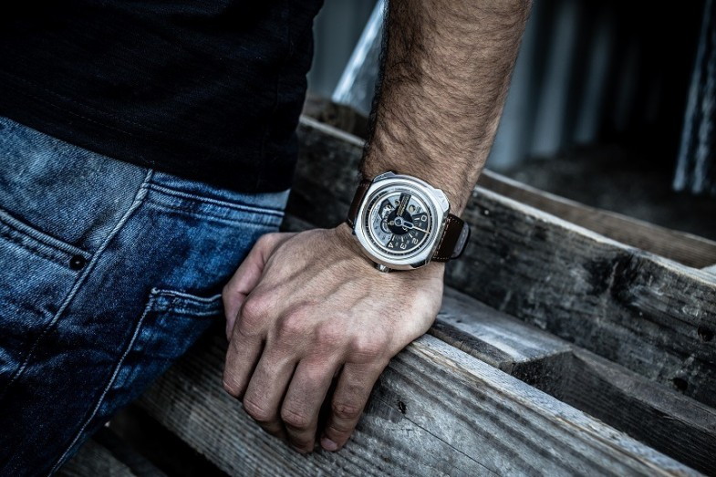 SevenFriday-V-Series-Watch-8