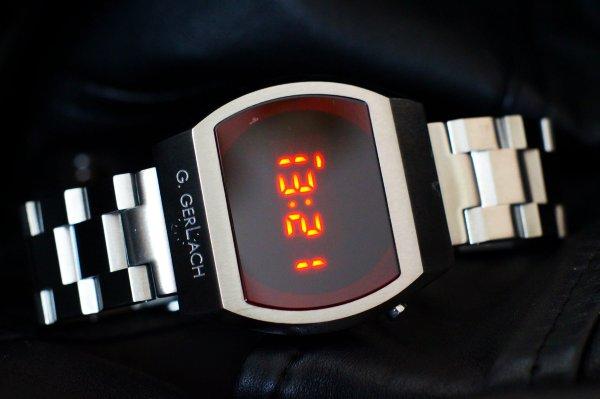 G. Gerlach Kosmonauta LED - Назад в будущее