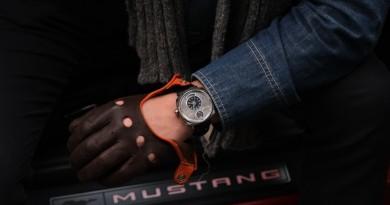 Часы из Форда Мустанга на Kickstarter