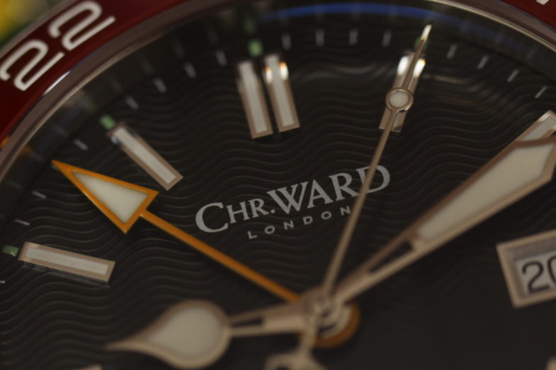 Christopher Ward Trident GMT - обзор часов