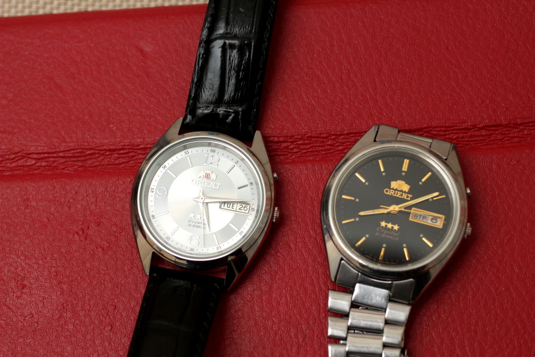 Часы старых продать моделей ориент боем продам с часы янтарь