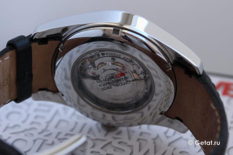 Обзор Mondaine Automatic: легендарный минимализм, да еще и недорого!