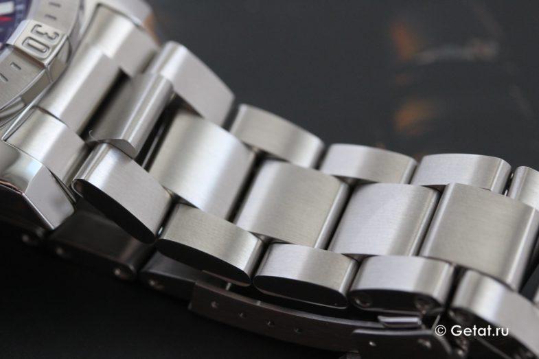 """Обзор Breitling Colt на культовом """"косом"""" браслете"""
