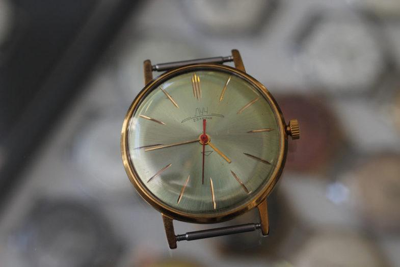 Выставка часов Луч. Новое и старое