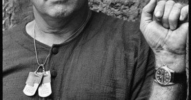 """Часы М. Брандо из """"Апокалипсис сегодня"""" будут проданы"""