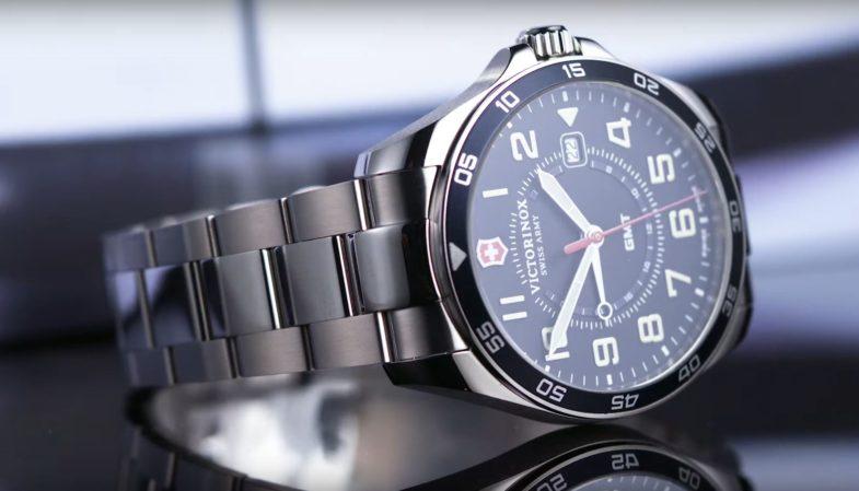 Коллекция Victorinox FieldForce пополнилась моделями с GMT