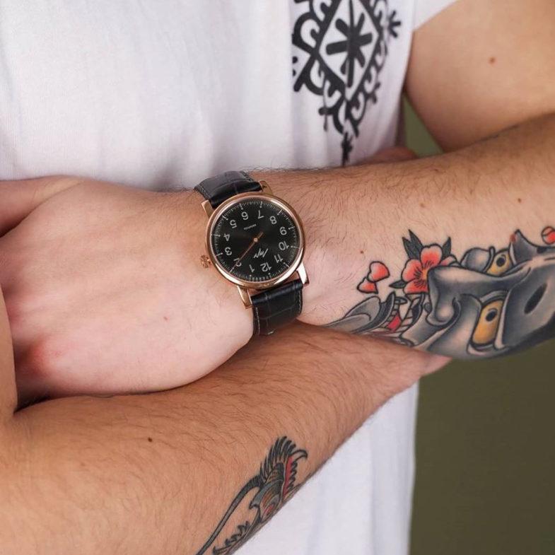 Самые популярные дизайнерские часы 2020 года