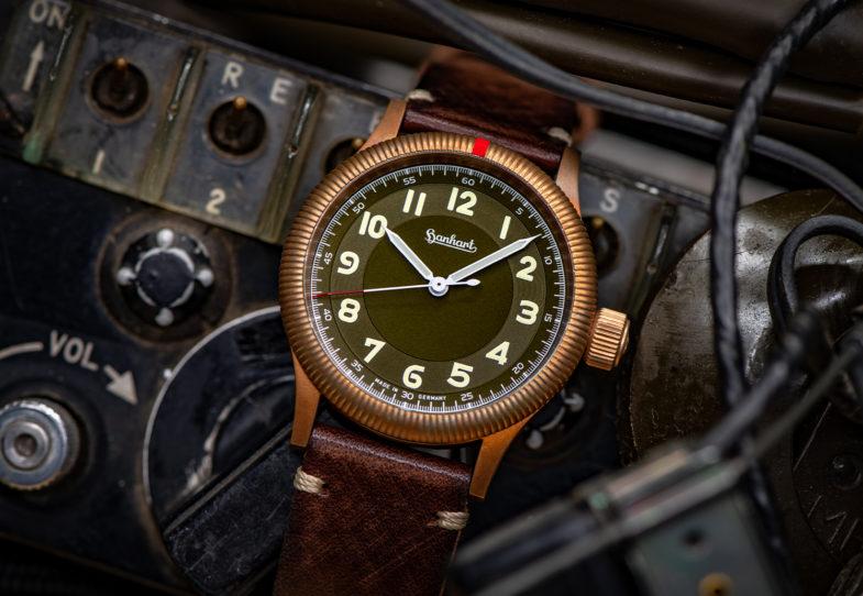 Hanhart Pioneer One Bronze – бронзовый пилот в ретро-стиле