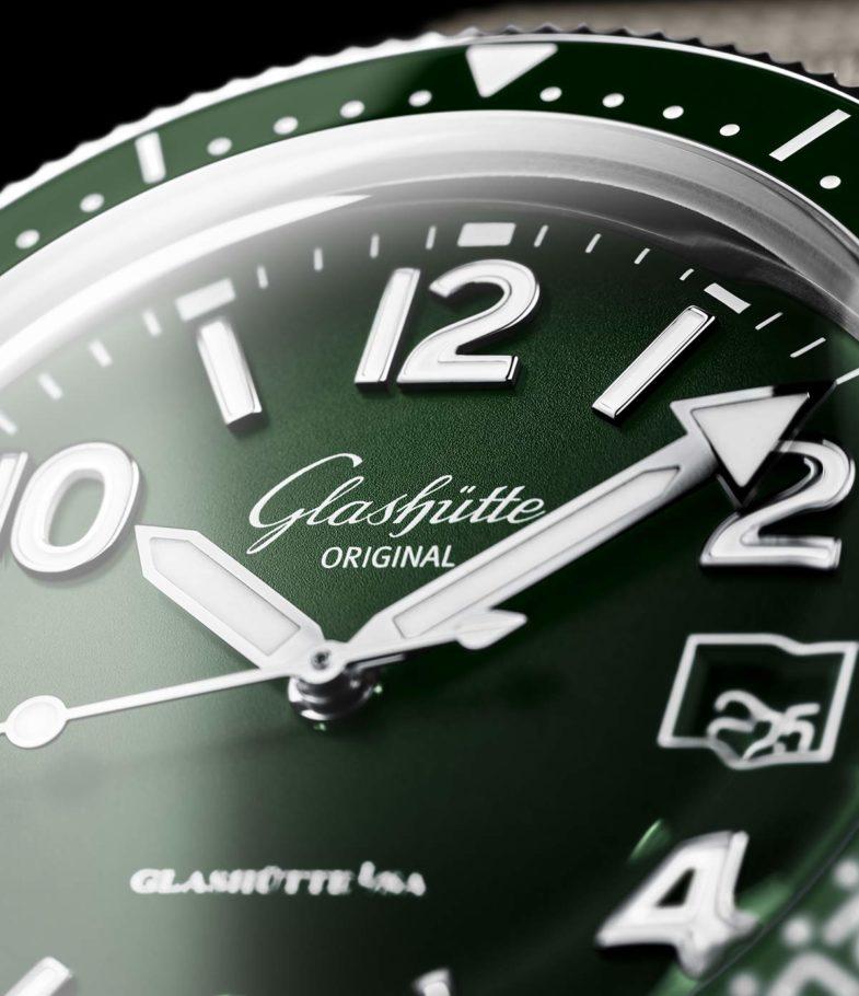 Тростниково-зелёная новинка Glashütte Original SeaQ