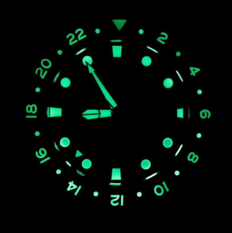 Le Jour Hammerhead GMT – холст для дайвера