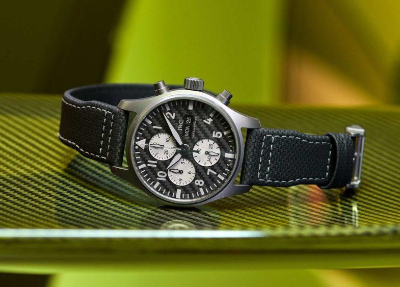 IWC Pilot's Watch Chronograph Edition «AMG» - ретро дизайн и высокие технологии