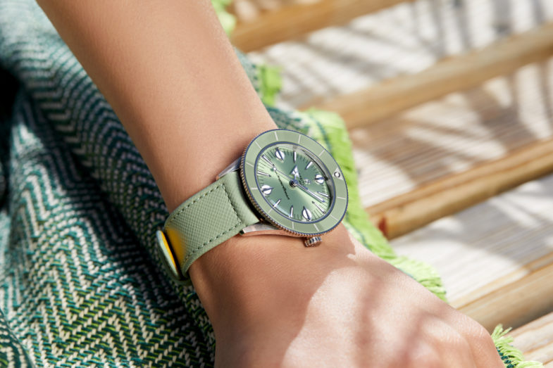 Летняя капсульная коллекция Breitling для женщин